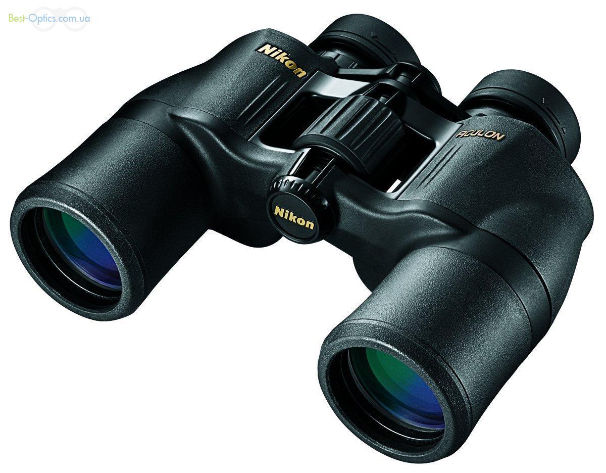 Бинокль Nikon Aculon 10x42